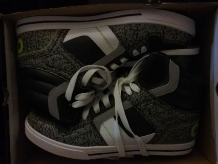 Brand new Osiris shoes mens size 11