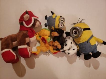 6 plush lot Rudolph, ganz frog, dogs, Minions #3