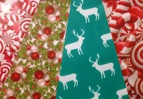 "100 HOLIDAY 10"" x 13"" Poly Mailers"