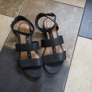 American Eagle Sandals Women's Size 7 NWOT
