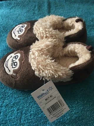 New with Tag Childs Slippers Monkey Free Shipping
