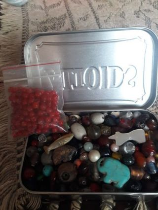 Bead soup in an ALTOIDS TIN box. (Including 4 Fetish animals/ Pack Red Beads)(Bonus GIN)..