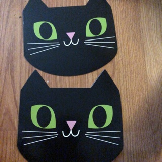 Two cat 8 sheet tablets