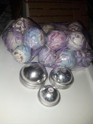 Bath Bombs & Bath Bomb Molds
