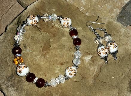 NIP! Moroccan Daffodils  - Bracelet & Matching Ear Rings Set!