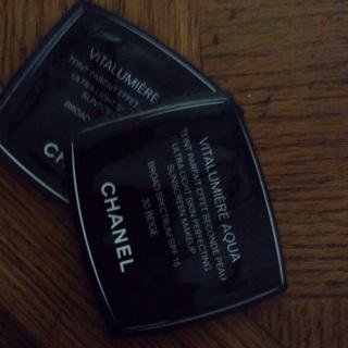 Chanel Vitalumiere Aqua Foundation samples