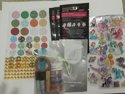 24 item gift kit lipgloss, loose eyeshadow,nose pore strips etc.FREE SHIPPING