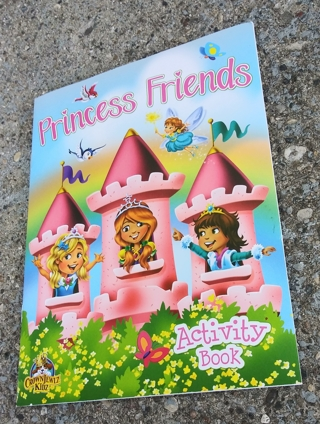 MEDIUM SIZED COLORING BOOK ACTIVITY BOOK PRINCESS FRIENDS UNICORN