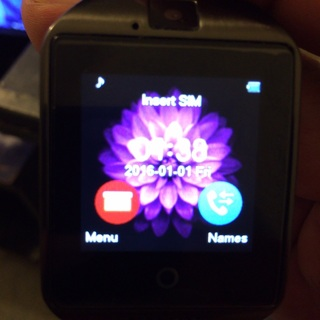 Q18 smart watch Bluetooth