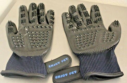 Enjoy Pet Hair Removal Massage Pet Gloves Black & Blue Pre-Owned.