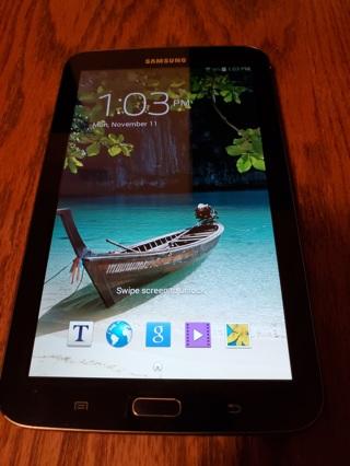 Samsung Galaxy Tab 3 (8GB) (7-Inch, Midnight Black) Tablet