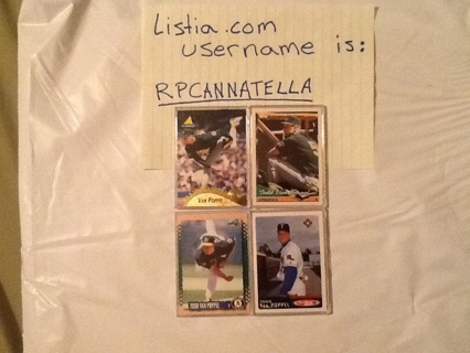 4 Baseball cards {PLEASE F&W MY AUCTION, I will return the favor}