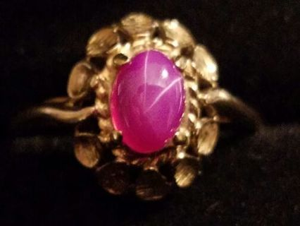 Beautiful Antique Estate Linde Star Ruby Solid 14K Gold!!! Count the Stars!!