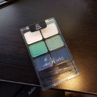 Wet and wild blue green and white eyeshadow