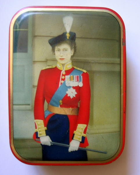 Free gin added queen elizabeth ii coronation for Michaels arts and crafts queens