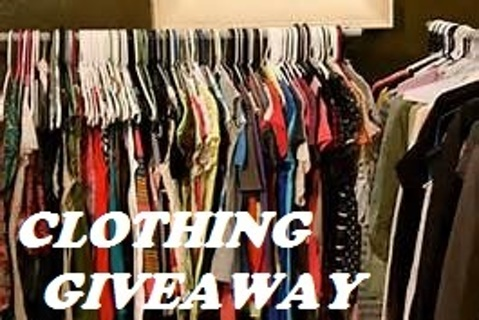 Ladies Mystery Tops~Free Shipping~Gin for Medium Size Box Full!
