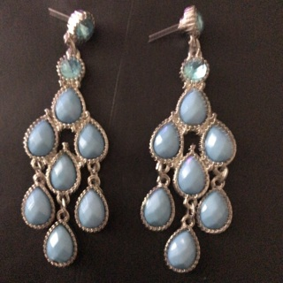 Turquoise tiered earrings