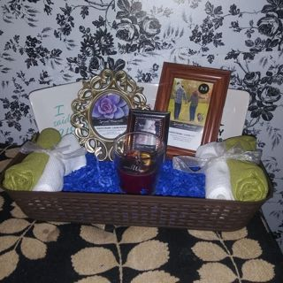 Just married/wedding gift basket set!