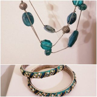 Blue glass beaded necklace and glass mosaic bangles