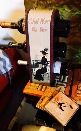 Wine bottle holder and matching coasters..euc