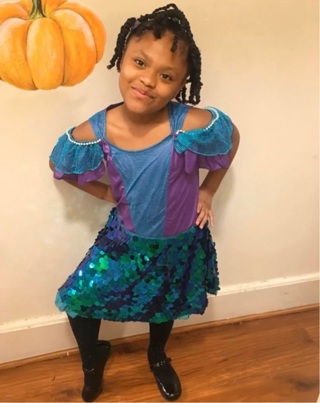 Mermaid Dress Costume  like new Child large