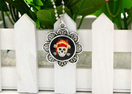 ☠☩☠Flaming Skull Necklace☠☩☠
