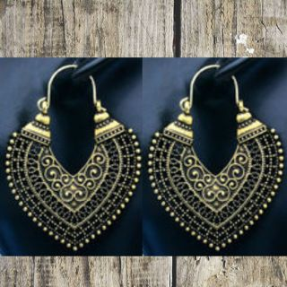 New Antiqued Gold Tone Filigree Pierced Earrings from USA!