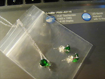 Brand New Genuine Emerald Pendant & Stud Sterling Silver Set **FREE Shipping!!**