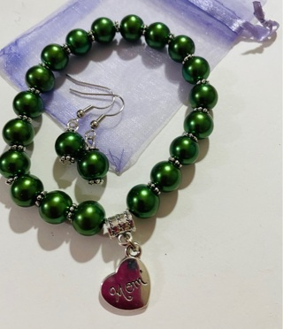 New Mom Stretch Bracelet and Matching Earrings