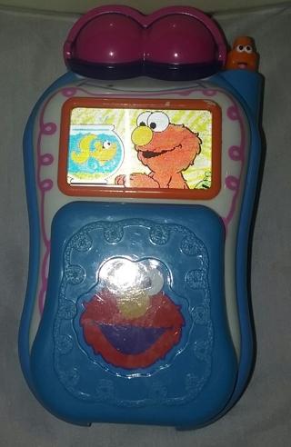 Sesame Street Elmo's Talking Flip Cell Phone