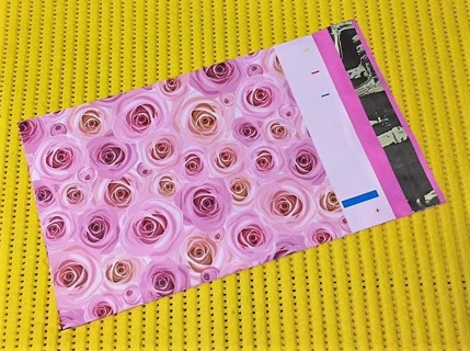 "10 PINK ROSES 6"" x 9"" Poly Mailers"
