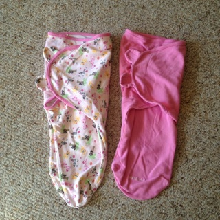 2 SwaddleMe for babies