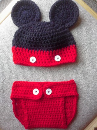 Free Mickey Mouse Hat And Diaper Cover Crochet Pattern Crochet