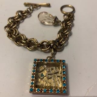 Vintage Shadow Box Pendent Toggle Bracelet, Faith, Heart, Hope, Peace Theme Pendent! BIG Chunky Item