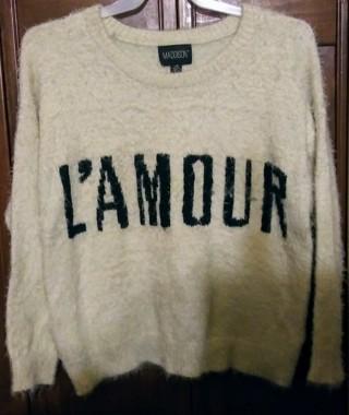 ❤ NWOT Oversized Fuzzy Sweater Size Large! ❤