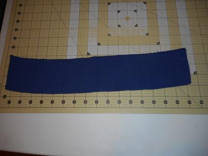 Navy knit collar