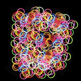 20 glow dark loom bands