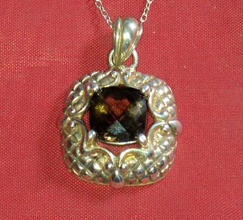 NECKLACE STERLING SILVER AND SMOKY TOPAZ WITH 18 INCH SILVER CHAIN BRAND NEW AND READY TO WEAR LOOK!