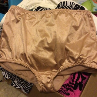 New I promise never worn 3x underwear