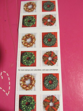 1 -  CHRISTMAS WREATH  FOREVER STAMP