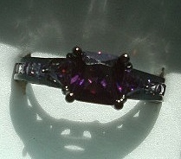 SPECTACULAR 10 KT BLACK GOLD PLATE GRAPE AMETHYST RING SZ 8 FREE SHIP! FREE GIFT!