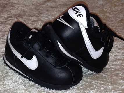 FREE NIKE Leather Cortez Shoes! (Infant  Toddler) ☆ Great Condition! Size 5C!  Free Shipping! 4ae7b3adb