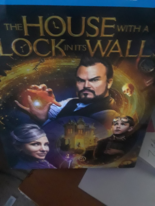 THE HOUSE WITH A CLOCK IN IT'S WALLS ((2018 RELEASE ))