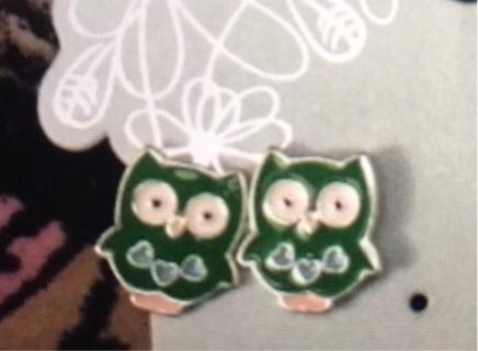 Green Owl Pierced Earrings