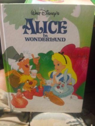 Alice In Wonderland (Book)