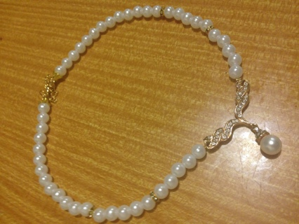 Pretty Fashion Pearl & Crystal Necklet