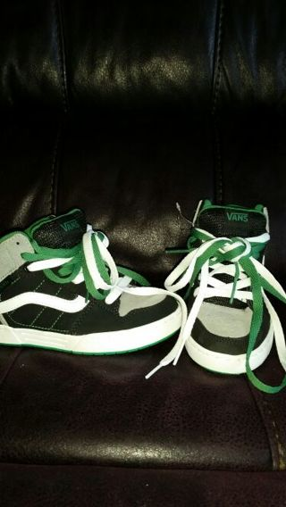 New VANS size 2 shoes