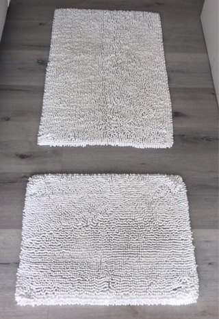 Set of 2: White Chenille Throw Rugs • Bathroom • Kitchen • Anywhere • Good Condition • Free Shipping