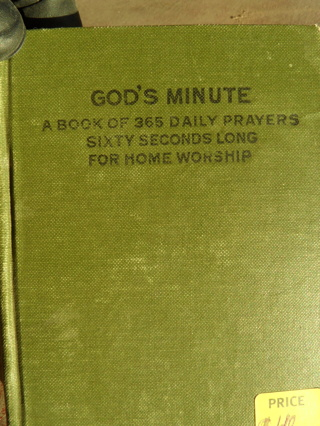 God's Minute a book of 365 daily prayers
