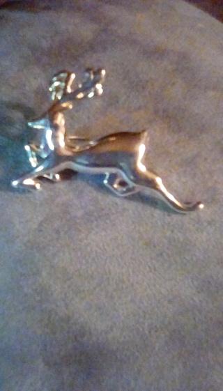 Cute reindeer pin